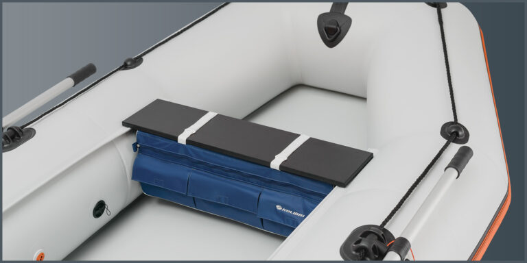 Under-seat bag - image 2