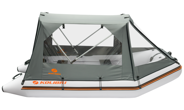 Protective canopy for motor boats